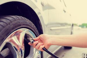 check-tire-air-pressure
