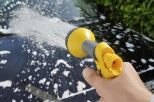 washing-the-car